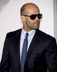 Celebrities - Jason Statham Photos collection You can visit our site to see other photos. Kelly Brook, Jason Statham Family, Handsome Rob, Jason Stratham, The Expendables, Rosie Huntington Whiteley, Sylvester Stallone, Hollywood Celebrities, Hollywood Actresses