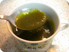 He hecho hace poco jabón de laurel ( Laurus nobilis ), aun no está curado, así que dentro de unos meses publicaré las fotos, quiero en esta...