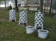 DIY container garden with composting tower in the middle - space for 50 plants!