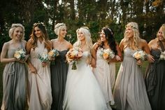 Wedding Mint: Flowers In Her Hair The Bride & her ladies on the big day, dressed to the nines with flowers in their hair! xo