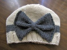 CHILDRENS / BABY SIZE -- Vintage Looking Cream and Gray Bow Hat.