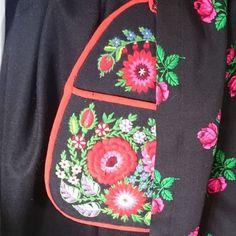 Image result for järna folkdräkt Vera Bradley Backpack, Crafts, Bags, Fashion, Handbags, Moda, Manualidades, La Mode, Fasion