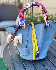 Womens Designer Bags, Chanel, Louis Vuitton, Profile, Purses, Pretty, Accessories, Shopping, Instagram
