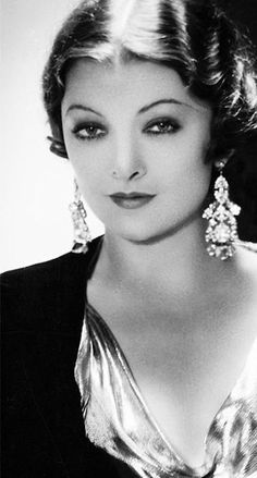 The #beautiful Myrna Loy http://mote-historie.tumblr.com/?utm_content=buffer22f4c&utm_medium=social&utm_source=pinterest.com&utm_campaign=buffer #retrolove