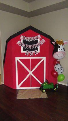 Barnyard farm birthday party big barn