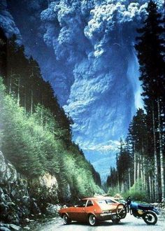 An Incredible photograph showing the Mount St. Helens eruption on May 18th, 1980.
