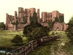 Kenilworth Castle, Kenilworth, 1890-1900 - the largest castle ruin in England.