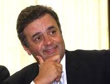 Folha do Sul - Blog do Paulão no ar desde 15/4/2012: AÉCIO SE RECUSA A RESPONDER SE USOU AEROPORTO DA C...