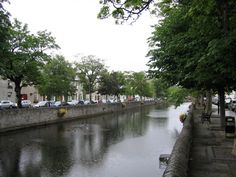 Carrowbeg River bank in Westport, Places to visit in Ireland
