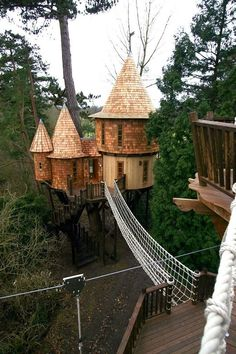 treehouses   Amazing Treehouses From Around The World