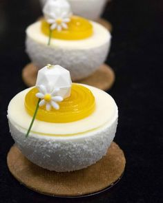Petits gâteaux Coco citron vert made with Tourbillon mould by ! Small Desserts, French Desserts, Gourmet Desserts, Plated Desserts, Fun Desserts, Delicious Desserts, Dessert Recipes, Mini Cakes, Cupcake Cakes