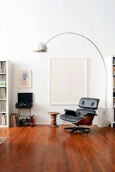 Get Free shipping and George Nelson ball clock with Arco floor lamp. Shop today https://www.barcelona-designs.com/products/arco-floor-lamp-replica?utm_content=buffer987e7&utm_medium=social&utm_source=pinterest.com&utm_campaign=buffer #floorlamp #arcolamp #interiordesign #midcentury #homedecor #arcolampreplica