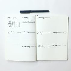 THE BEST minimalist bullet journal weekly spread ideas! I am so glad that I found these GREAT ideas for my minimalist bullet journal layouts. I can't wait to do some of these ideas in my own minimalist bullet journal weekly planner. Bullet Journal Simple, Bullet Journal Weekly Spread Layout, Minimalist Bullet Journal, Bullet Journal Travel, Bullet Journal Hacks, Bullet Journals, Journal Covers, Journal Pages, Journal Ideas