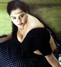 Bangla Choti & Photo Gallery: শ্বাশুড়ী মিসেস সাবিনা-Bangla Choti
