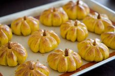 Check out these pumpkin dinner rolls! Not only are they incredibly cute, but they're also made from scratch. You'll score some major Domestic Goddess Bonus Points for making up a batch of these! ; ) The dough recipe has pumpkin puree in it, so these don't just look like pumpkins, they're pumpkin-flavored too. The recipe is from Delicious Dishes, and then food blogger Holly atBeyond Kimcheehad the awesome idea to …