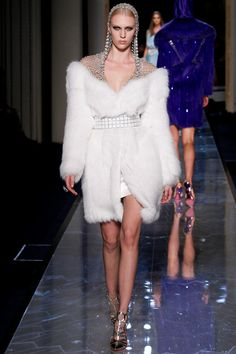 Paris Spring 2014 Couture: Atelier Versace | I Should Have Been A Blogger