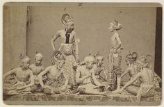 Wajang Wong of Wajang Orang, wajangspel uitgevoerd door mensen. Midden-Java.