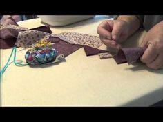 HOW TO MAKE CONTINUOUS PRAIRIE POINTS USING 2 FABRICS - YouTube