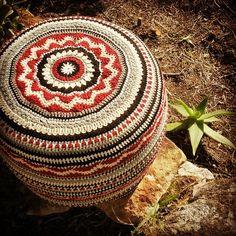 elzavan912 crochet ottoman