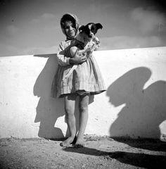 Old Pictures, Old Photos, Vintage Photos, Algarve, Shadow Silhouette, Historical Photos, Lisbon, The Past, Culture