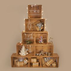 Christmas Crate Tree - nice alternative to a real tree!