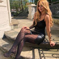 🖤 @golesstan26 #leatherbabe #leatherfashion #leathergirl #leatherskirt