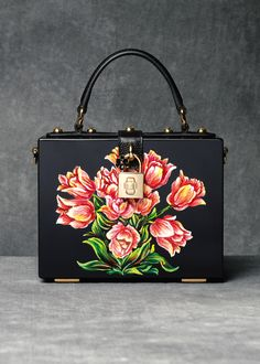 Discover the new Dolce & Gabbana Women's Tulips Print Collection for Fall Winter 2016 2017 and get inspired.  (=)