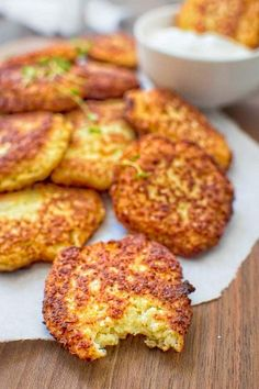 and very tasty, this kid-friendly Basic Cauliflower Fritters recipe is a . - Clean Eating Recipes♥ -Simple and very tasty, this kid-friendly Basic Cauliflower Fritters recipe is a . Cauliflower Fritters, Cauliflower Recipes, Cauliflower Patties, Cauliflower Cakes, Parmesan Cauliflower, Cauliflower Tater Tots, Broccoli Fritters, Cauliflower Wings, Vegetarian Recipes