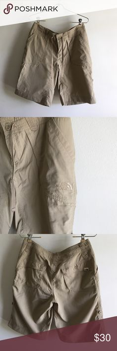 The north face sz 6 women long Use great condition i use once and is in great condition i said Bermuda shorts The North Face Shorts Bermudas