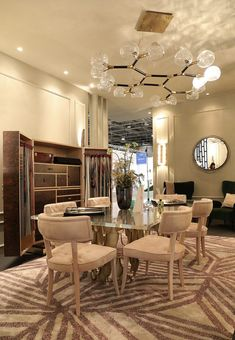 The prestigious and one of the biggest design events in the world, Maison et Objet Paris 2017 had the most incredible luxury furniture exhibitions! Colored Dining Chairs, Tufted Dining Chairs, Luxury Dining Room, Beautiful Dining Rooms, Rattan, Luxury Furniture, Modern Furniture, Big Design, Design Ideas