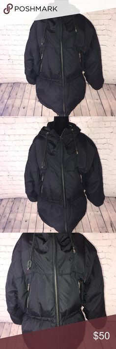 Calvin Klein puffy jacket Calvin Klein puffy jacket with a full hood and Calvin Klein logo on the right sleeve and 2 zippers (silver) on the front of the coat.  Length 29' Pit to pit 22' Sleeves 25' Calvin Klein Jackets & Coats Puffers