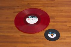 "https://flic.kr/p/H7dHTm | Red color vinyl ""UNDA"" and Vinyl looks CD ""4 AM"" 