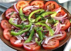 Ensalada de Tomate (Tomato Salad)