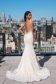 Justin Alexander Signature - Style Allover Beaded Lace Gown with Scalloped Hem Lace Justin Alexander Signature, Justin Alexander Bridal, Wedding Dress Finder, Fit And Flare Wedding Dress, Flare Dress, Bridal Gowns, Wedding Gowns, Halter Neck Wedding Dresses, Illusion