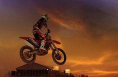 02.03.13 - GP 1 Qatar – Red Sky