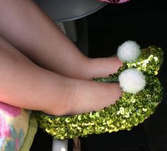 Tinkerbell shoe DIY from old shoes