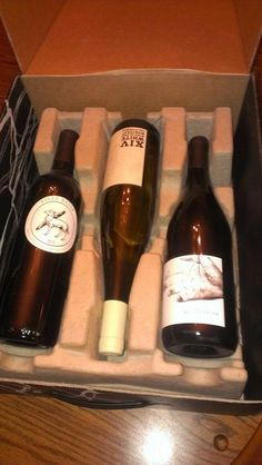 The Wine Has Arrived! Club W wine tasting and review. #wineandcheese #ladiesnight #wine