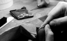 Using traditional techniques along with state-of-the-art technology we work with you to create your perfect piece.