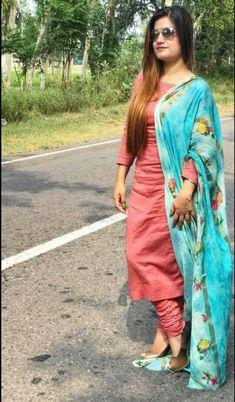 Patiala Suit Designs, Salwar Designs, Kurti Designs Party Wear, Blouse Designs, Dress Designs, Punjabi Suits Designer Boutique, Indian Designer Suits, Indian Dresses, Indian Outfits
