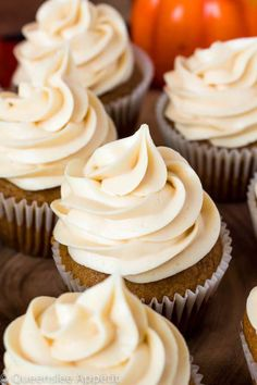 This Salted Caramel Cream Cheese Frosting is the best cream cheese frosting with sweet salted caramel flavour! This frosting is the perfect compliment for most flavours of cakes, cupcakes and many more desserts! Vegan Cupcake Recipes, Vegan Cupcakes, Frosting Recipes, Baking Recipes, Dessert Recipes, Desserts, Cupcake Cream, Cupcakes With Cream Cheese Frosting, Buttercream Frosting