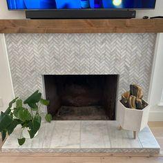 Modern Fireplace Tiles, Tile Around Fireplace, Wood Mantle Fireplace, Fireplace Tile Surround, Rustic Mantel, Wood Mantels, Home Fireplace, Fireplace Design, Rustic Wood