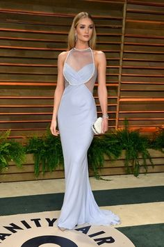 The Best Post-Oscar Party Looks // Rosie Huntington-Whiteley in Cushnie et Ochs
