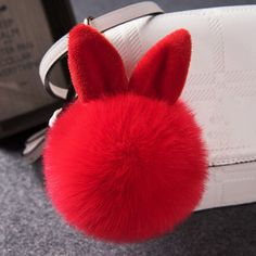10.88$  Buy now - http://vincu.justgood.pw/vig/item.php?t=8krf8nu54485 - Fluffy Rabbit Ear Fur Ball Key Chain 10.88$