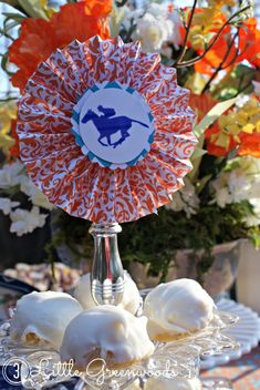 AMAZING Tips for planning a Kentucky Derby Horse Race Party! #springparty #horseraceparty #partyplanning