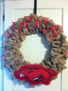 Chevron Razorback wreath.