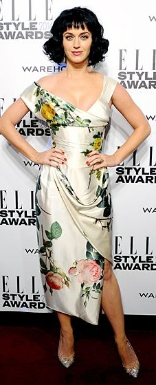 Katy Perry looks sophisticated in a Vivienne Westwood dress at the Elle Style Awards