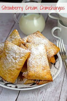 Strawberry Cream Chimichangas | bakeatmidnite.com | #cheesecake #strawberries #desserts