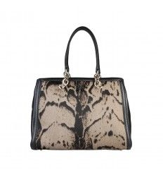 af55093b8e 14 best Handbag & Shopping Bag images | Armani jeans, Shopping bag ...
