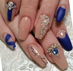 Navy and nude coffin nails