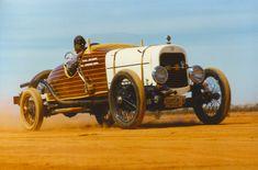 Joe Caudo's 1926 Hudson Skiff-bodied speedster at Lake Perkolilli in Ford V8, Antique Cars, Red, Vintage Cars